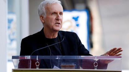 James Cameron feliciteert makers 'Avengers' nadat zijn 'Titanic' het onderspit delft