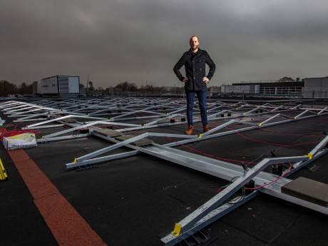 Minder panelen dan gedacht op daken 'Carmel'-scholen, in Raalte wél geplande aantal gelegd