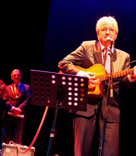 Burgemeester Mook en Middelaar jaagt hardlopers op met muziek