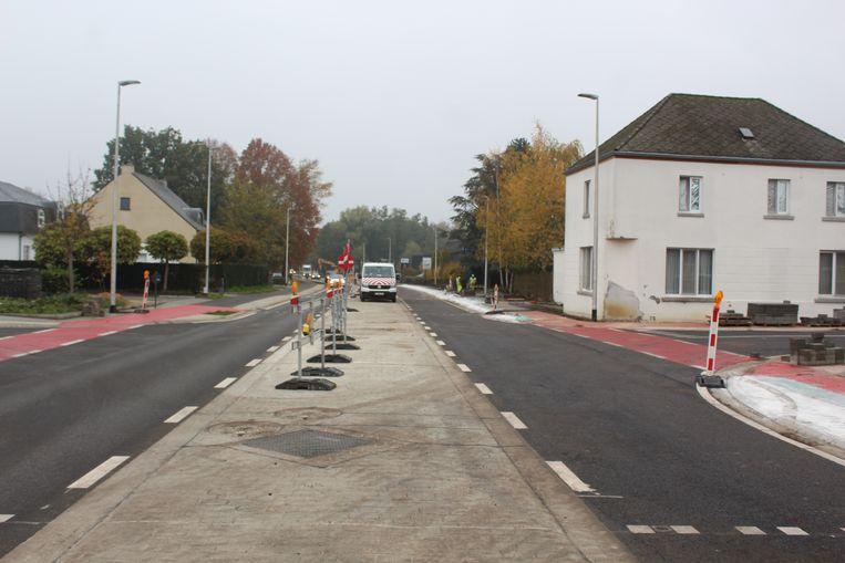 Het beruchte kruispunt 'Wit Paard' waar vroeger veel ongevallen gebeurden, is nu beter beveiligd.