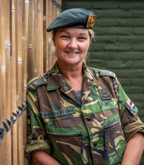 Verhaal van Bestse officier bij de infanterie opgetekend in boek 'Vrouwen in de frontlinie'