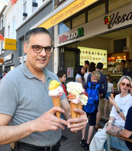 Jarige ijssalon Mazzoli verkoopt ijsbolletjes voor historische prijzen