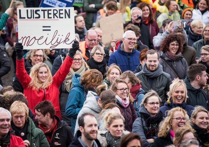 Leraren tijdens een landelijke onderwijsstaking actie op het Malieveld in Den Haag.