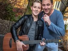 Vader en zoon uit Zwolle zingen voor WarChild