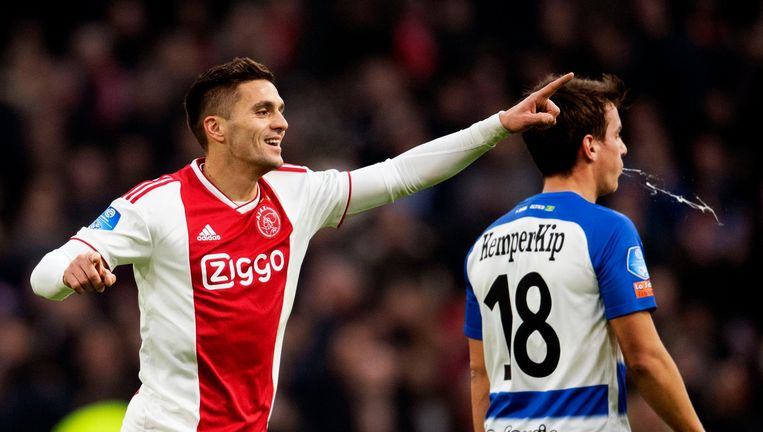Dusan Tadic viert de 1-0 tegen De Graafschap Beeld anp