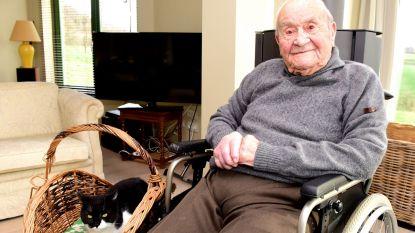 Adhemar mag straks 106 kaarsjes uitblazen en staat daarmee in de top drie van de oudste mannen in Vlaanderen