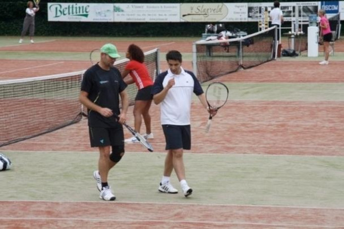 be4ed2c3e1a Het Bruba Dubbeltoernooi bij tennisclub De Vijfhuizen in 2010. foto Archief  De Vijfhuizen