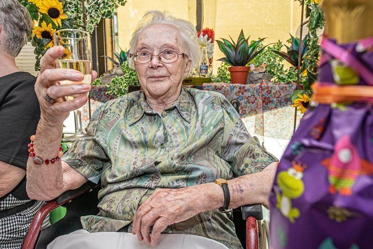De 100 jarige Maria Eecloo.