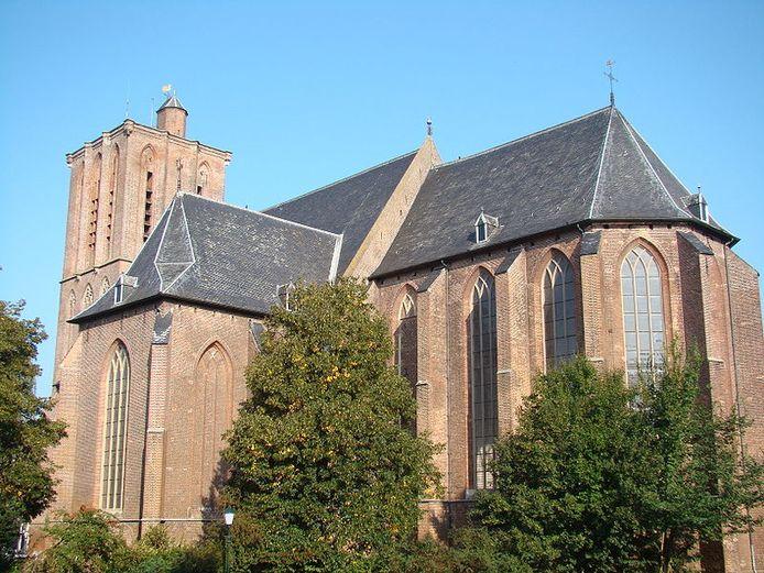 De uitvaardienst wordt gehouden in de Grote Kerk waar Wim Magré vaak het orgel bespeelde. In verband met de grote belangstelling komt er een beeldscherm in de Oosterkerk.