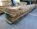 Feico kiest alleen het beste hout uit voor zijn creaties.
