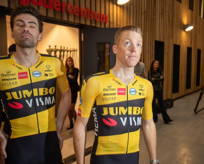 Steven Kruijswijk en Tom Dumoulin (links).