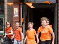 Sponsorloop basisschool De Piramide levert bijna 14.000 euro op voor aanpassing van de schoolpleinen