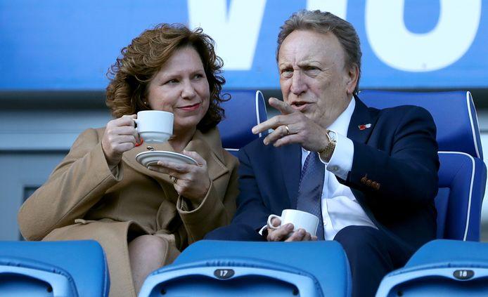 Neil Warnock met zijn vrouw Sharon voor de wedstrijd gisteren.