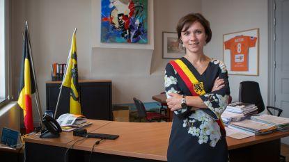 Irina De Knop blijft burgemeester
