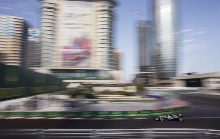 Lewis Hamilton van Mercedes tijdens de race. Beeld epa