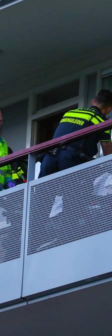 Politie tasert Schiedammer (72) die zich bemoeit met burenruzie