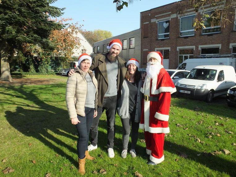 Annick Van Doorne (46), Dennis Boonen (37), Natalie Vansuyt (48) en de kerstman zetten hun schouders onder Winterleie.