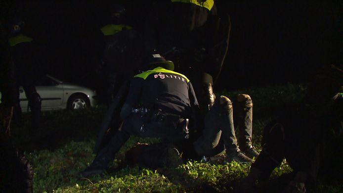 Foto ter illustratie: eerder werden er honderd bekeuringen uitgedeeld bij een illegaal feest in Limburg.