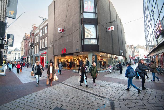 Winkelen in de binnenstad van Arnhem.