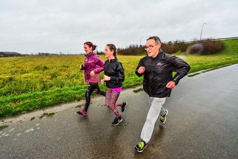 De 84-jarige Remi Vuylsteker uit Wervik was opnieuw van de partij. De krassige tachtiger liep de afstand van 10 kilometer uit.