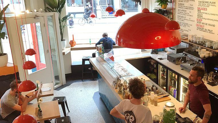 De tostibar huist in het voormalige Bar Hutspot, op de Van Woustraat. Beeld Tosti Creative