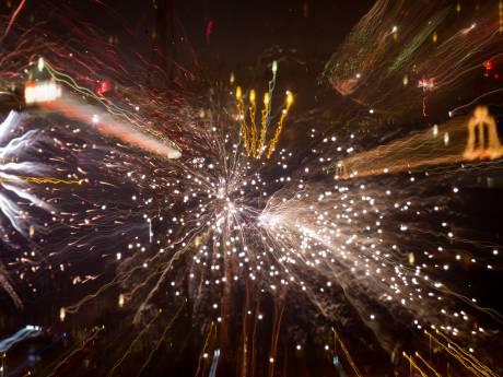 Burgemeester van Apeldoorn krijgt petitie met bijna 2000 handtekeningen vóór vuurwerk