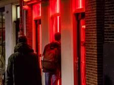 Hooligan-geweld Amsterdam: Tientallen aanhoudingen