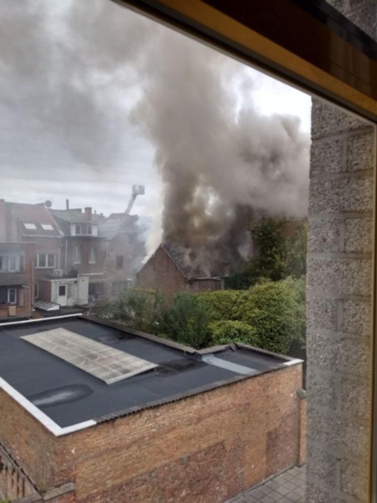 De brand ging gepaard met een felle rookontwikkeling.