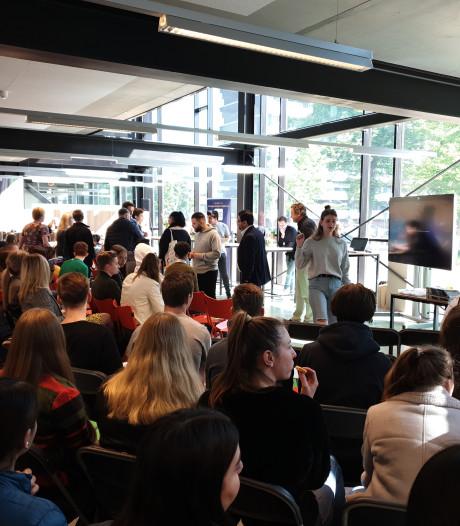 Debat op Summa College Eindhoven: Europa leeft onder studenten