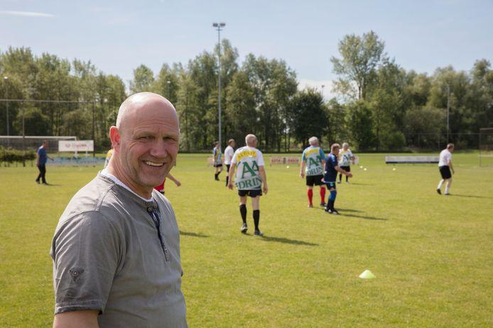 Berry van Aerle is ambassadeur van het walking voetbalproject bij HVV Helmond