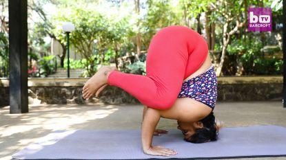 Weg met negatieve energie! Yogi met maatje meer inspireert met oefeningen op straat