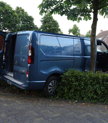 Bus klemgereden na achtervolging vanuit Nijmegen
