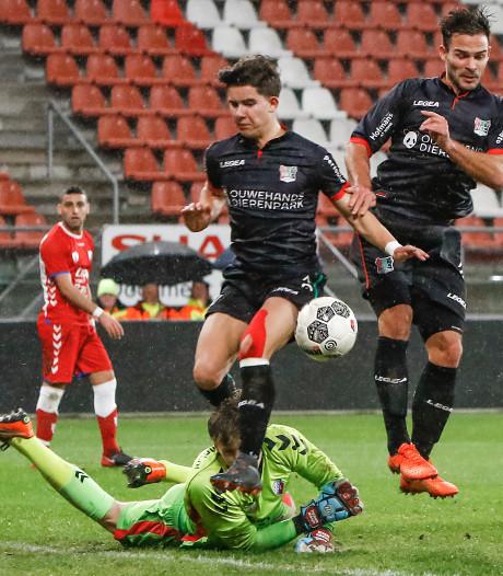 NEC'er Kadioglu schittert weer eens tegen Jong FC Utrecht