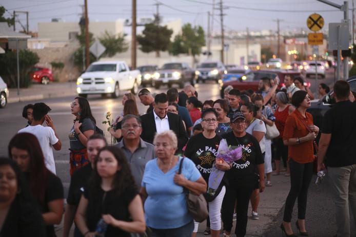 Dernier hommage à Margie Reckard, tombée sous les balles du tireur d'El Paso