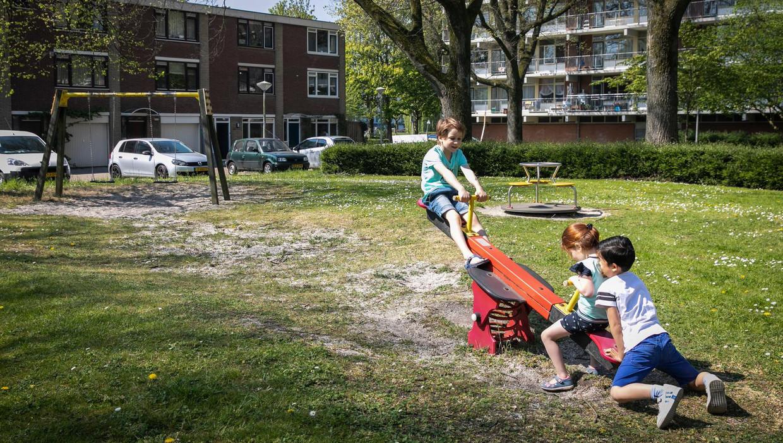 In de wijken Amerbos en Elpermeer in Amsterdam-Noord is een petitie gestart om woningsplitsing tegen te gaan Beeld Dingena Mol