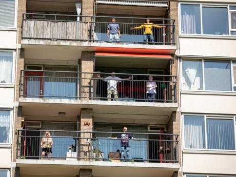 Initiatief Balkon in Beweging gaat heel Schiedam door: 'Het is een soort uitje'