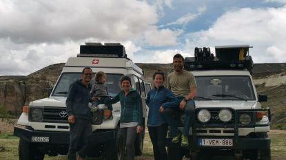 """Aurélie (25) en Matthias (29) terug in België na door corona ingekorte wereldreis: """"Balen dat we de mooiste plekjes gemist hebben"""""""