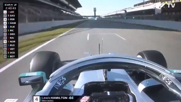 Hamilton tijdens de testdagen in Barcelona.