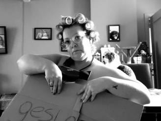 """Kapster Sylvia (38) gaat naakt uit protest tegen coronasluiting: """"We worden langs alle kanten achteruit geschoven"""""""