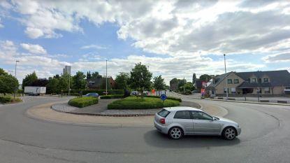 Aanleg fietspaden op rotonde Kerkhove start volgende week
