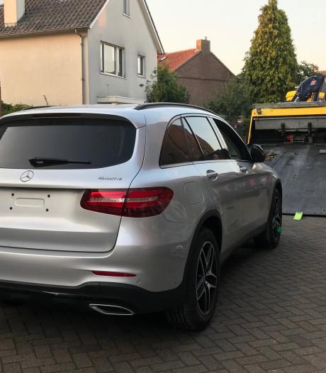 Peperdure gestolen Mercedessen dankzij GPS teruggevonden in Vught en Den Bosch; één verdachte (22) opgepakt