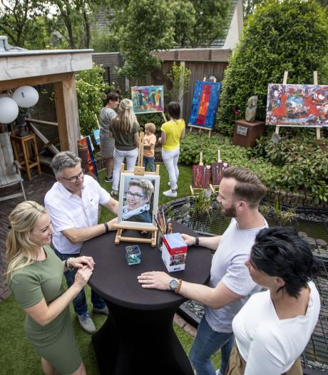 Nabestaanden verkopen kunst van Ria uit Fleringen voor KWF