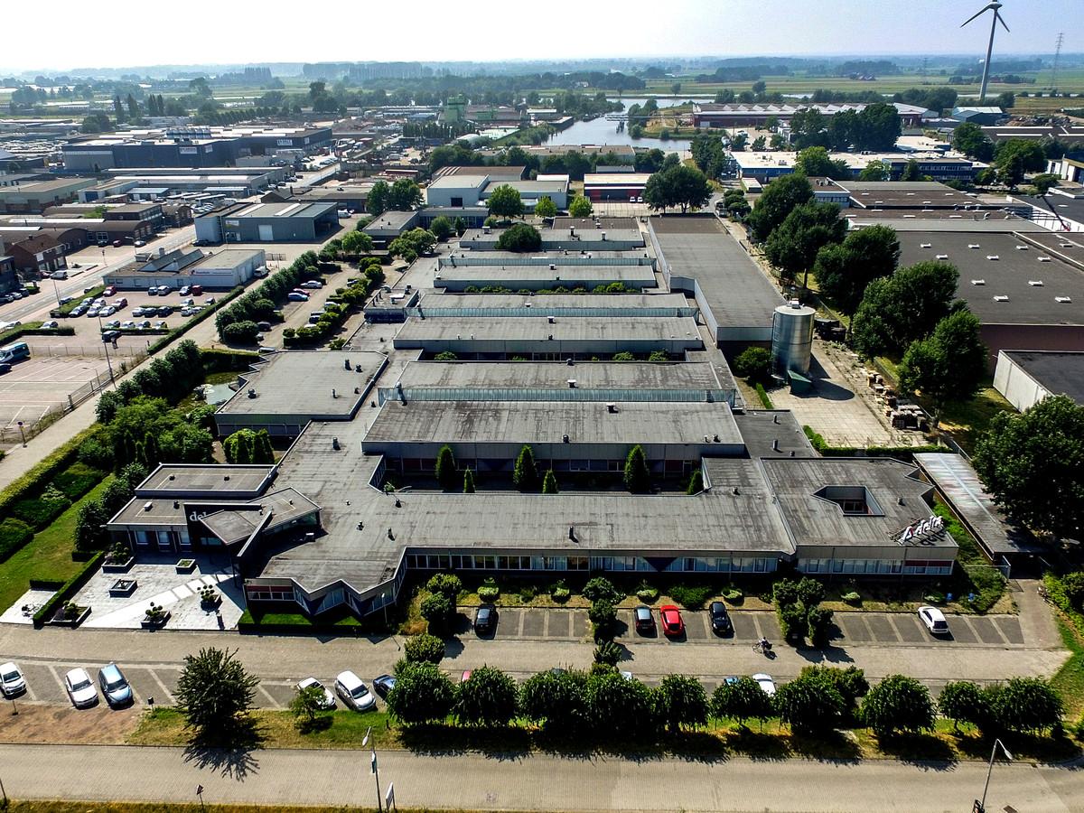 Het voormalige complex van Delta in Zutphen vanuit de lucht gezien.
