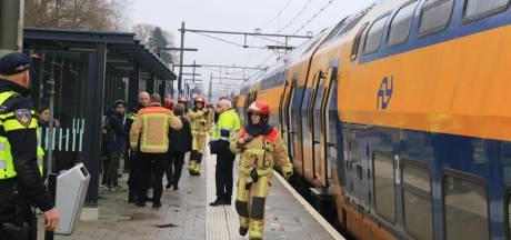 Overvol chemisch toilet in trein Deurne: drie passagiers met klachten, van wie één naar ziekenhuis