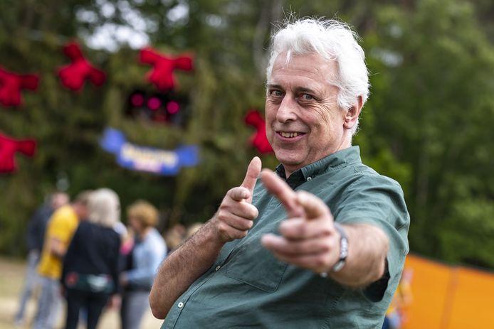 Jaap Harmsen blijft nog een jaartje langer cultuurburgemeester van de gemeente Hellendoorn.