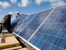 West Betuwe wil zonnepanelen op veel meer daken en ook op landbouwgrond