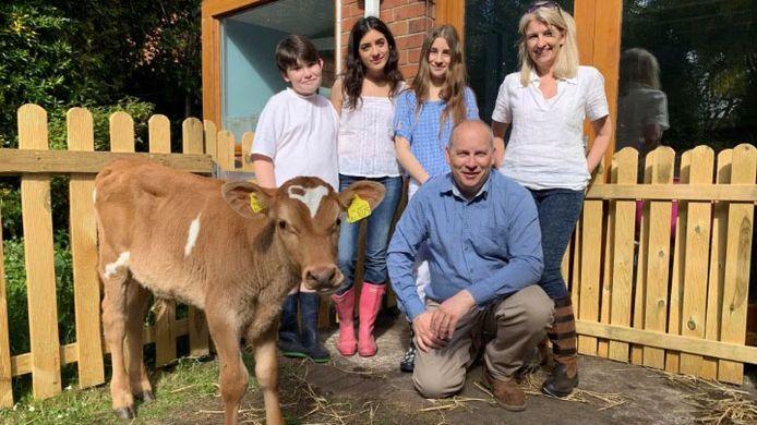 De familie Bronson in de nieuwe VTM 2-reeks 'Meat the Family'.