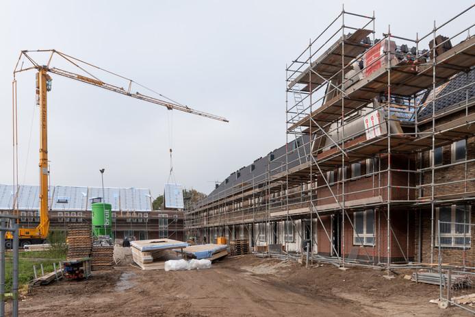 Vink gebruikte in de nieuwbouwwijk Eilanden-Oost vervuilde grond onder meer als ondergrond voor wegen.