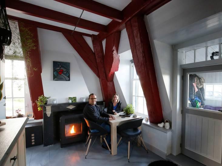Frans en Inge wonen in een kleine molen in een open landschap: 'We waren gelijk stapelverliefd'
