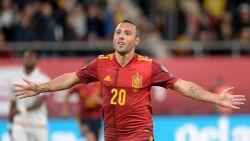 EK-KWALI'S. Cazorla met eerste goal na horrorblessure - Zweden geplaatst - Italië dendert voort